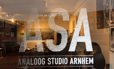 Analoog Studio Arnhem etalage